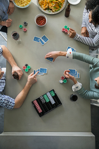 Food and seats are two things the hosting party can't neglect in home poker games.