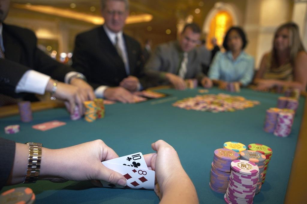 pre-flop poker strategy
