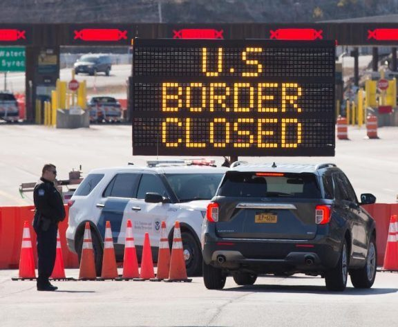 Canada USA Border Odds: When can we cross the border?
