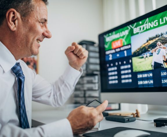 Sports Betting on the Ballot: Maryland, South Dakota & Nebraska