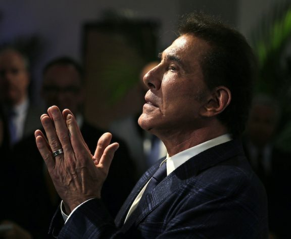 Casino magnate Steve Wynn sells Beverly Hills Home for $110 million