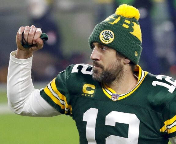 NFC Championship Odds: Rodgers, Packers open 4-point favorites over Brady's Bucs