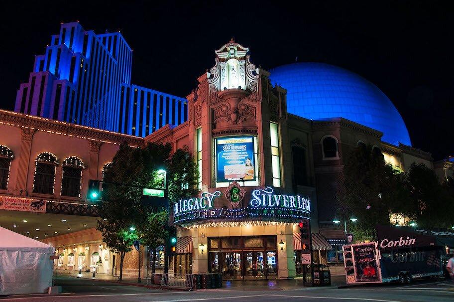 https://www.gambleonline.co/app/uploads/2021/01/silver-legacy-casino-1.jpg
