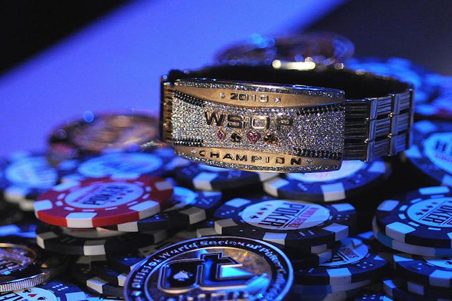 https://www.gambleonline.co/app/uploads/2021/01/wsop-bracelet-2010-1.jpg