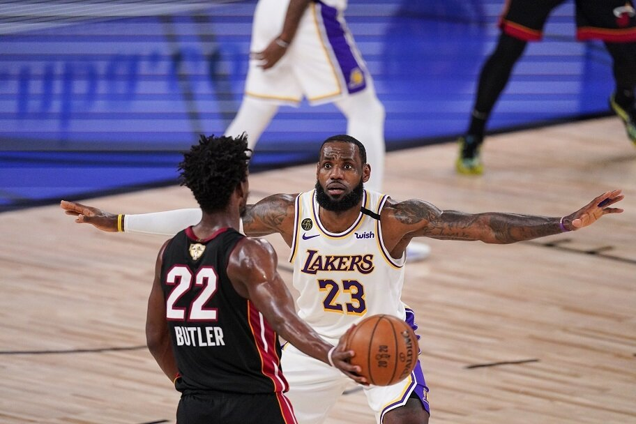 https://www.gambleonline.co/app/uploads/2021/02/LeBron-James-Jimmy-Butler-1.jpg