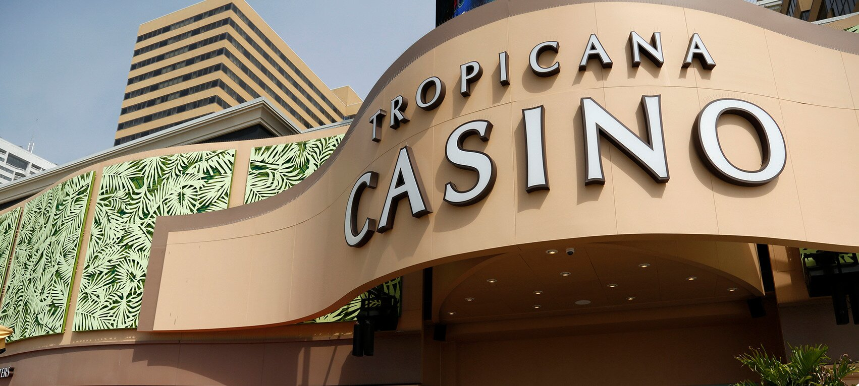 https://www.gambleonline.co/app/uploads/2021/02/tropicana-progressive-poker-jackpot.jpg