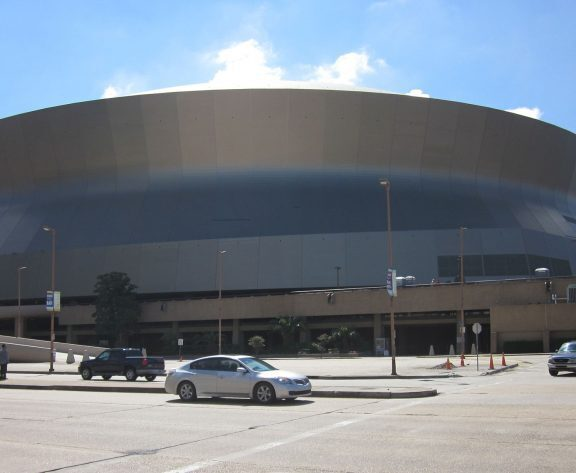 Caesars Entertainment Buys Superdome Naming Rights