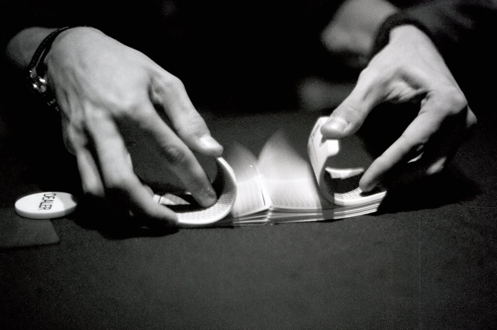 https://www.gambleonline.co/app/uploads/2021/03/Poker-black-and-white.jpg