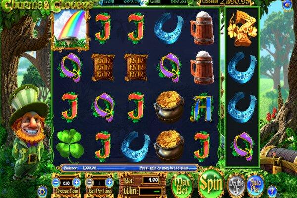 tangkapan layar dari permainan slot Charms and Clovers dengan enam gulungan.  Ada sosok leprechaun definisi tinggi di sisi kiri, kontrol permainan di sepanjang bagian bawah, dan gulungan dipasang di hutan terbuka.