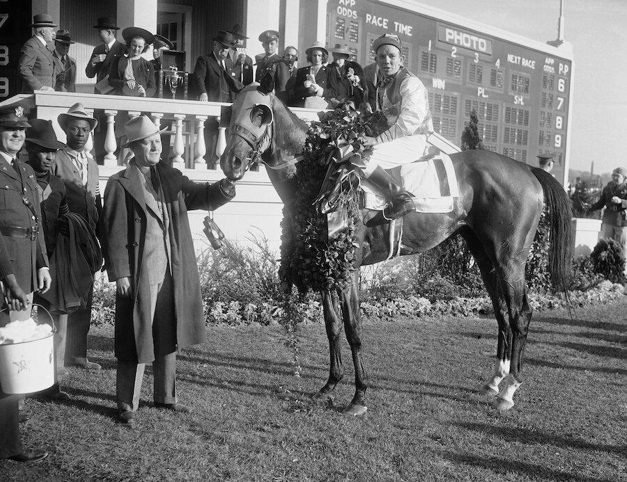 Gallahadion and Jockey Carroll Bierman at kentucky derby in 1940