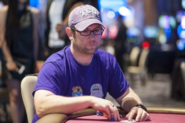 Gavin Griffin bermain poker