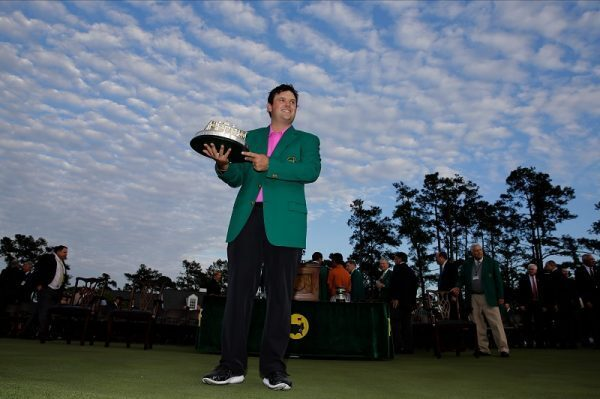 Patrick Reed holds the Masterstrophy