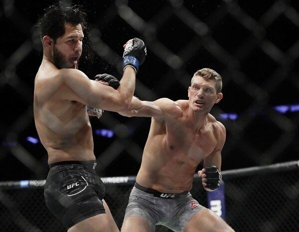 Stephen Thompson punches Jorge Masvidal