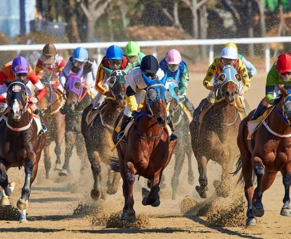 How Much Do Kentucky Derby Jockeys Make?