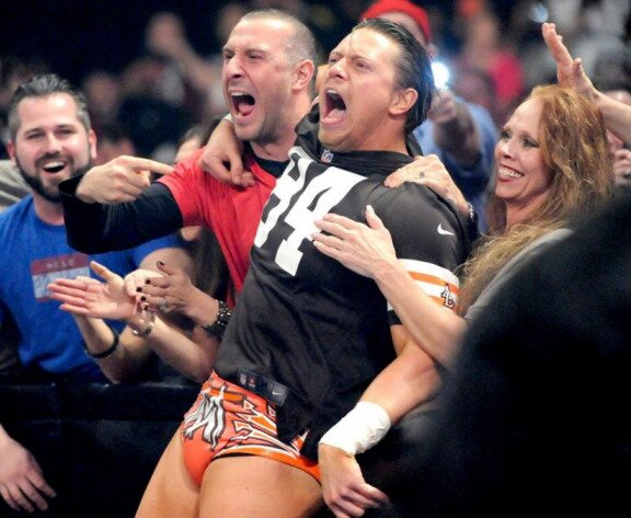 WWE's The Miz likes the Browns' 17-1 Super Bowl Odds