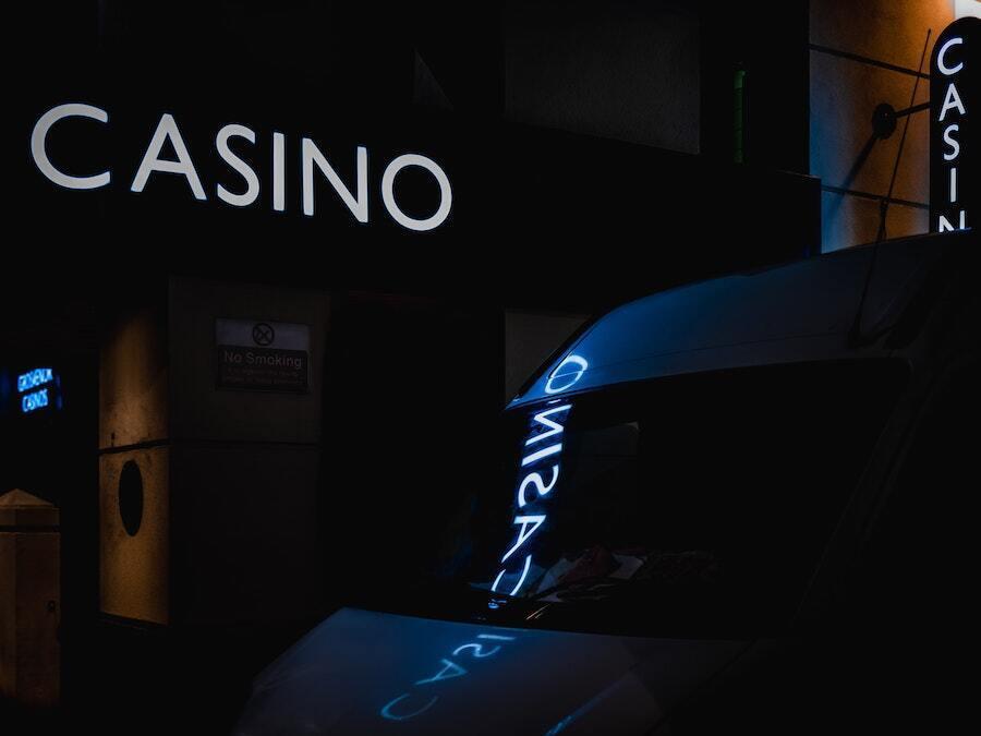 casino light up sign up at night